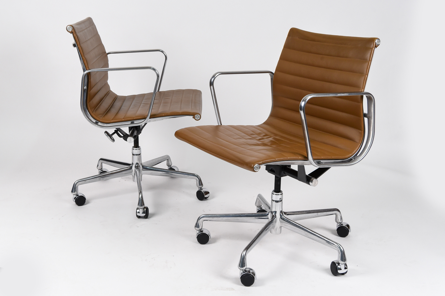 12 Eames For Herman Miller Aluminum Group Armchairs In Brown Leather